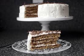 chocolate hazelnut macaron torte